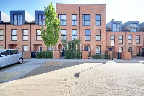 3 bedroom terraced house for sale - Canning Square, ENFIELD, EN1