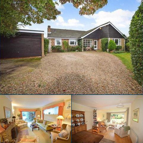 5 bedroom detached bungalow for sale - Deep Field, Datchet, SL3
