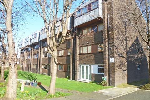 Studio to rent - Westfield Road, Gorgie, Edinburgh, EH11 2QR
