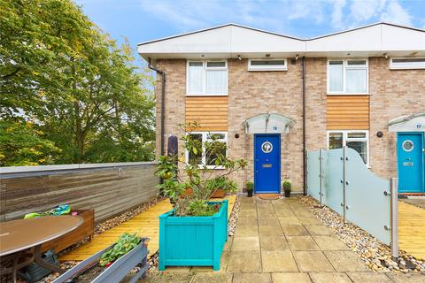 2 bedroom end of terrace house for sale - The Vineyards, Great Baddow, Chelmsford, CM2