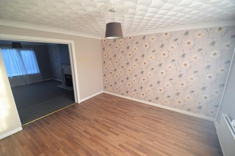 5 bedroom semi-detached house to rent - Cardiff CF23