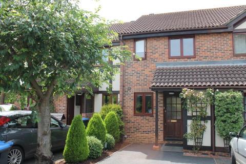2 bedroom terraced house to rent - Fitzrobert Place, Egham, Surrey, TW20