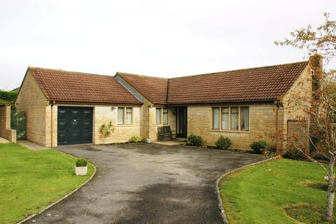 3 bedroom detached bungalow for sale - 44 Freame Way, Gillingham, Dorset, SP8 4RA