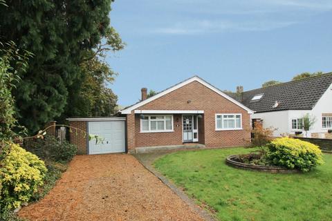 3 bedroom detached house to rent - Gossmore Lane, Marlow, SL7 1QF