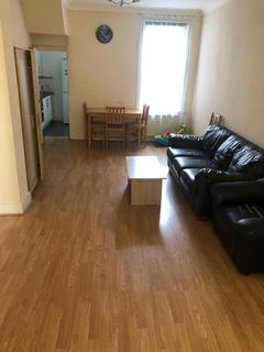 3 bedroom terraced house to rent - hardcourt road E15