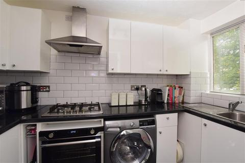 2 bedroom ground floor maisonette for sale - Kelvin Gardens, Croydon, Surrey