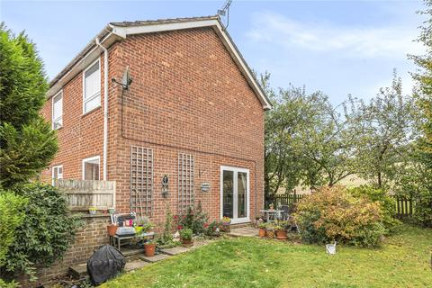 3 bedroom end of terrace house for sale - Grebe Close, Alton, Hampshire, GU34