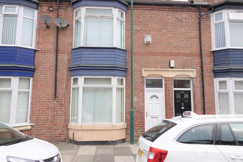 3 bedroom terraced house to rent - Cromwell Road, Middlesbrough, TS6