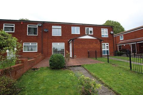 3 bedroom terraced house for sale - Brabazon Grove, Birmingham, B35 6DT