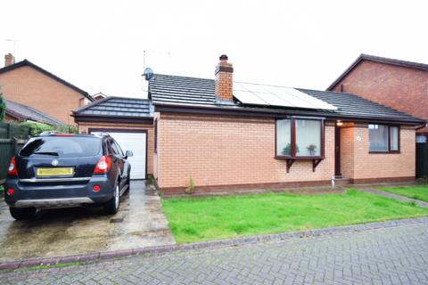 2 bedroom bungalow to rent - Churchill Rise, Burstwick, HU12
