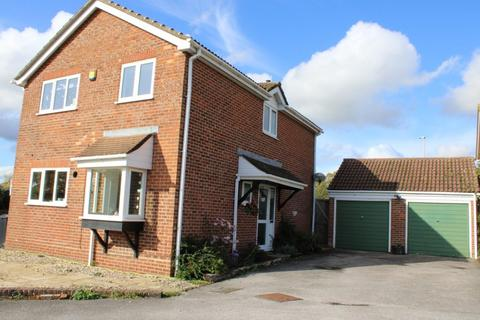 4 bedroom detached house for sale - Exmoor Road Thatcham
