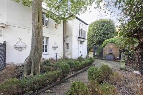 3 bedroom detached house to rent - Ranelagh Cottages, Belgravia, SW1W
