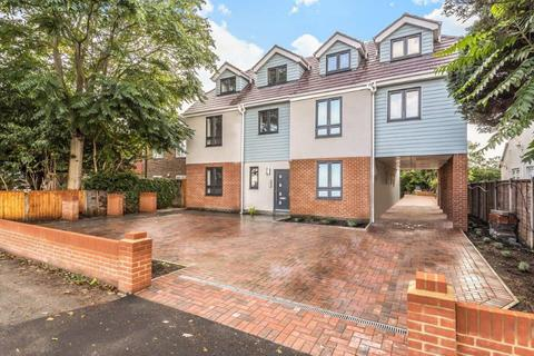 2 bedroom flat for sale - Staines Road West, Ashford, TW15