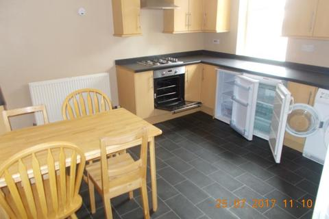 5 bedroom maisonette to rent - SIMONSIDE TERRACE HEATON (SIMON42B)