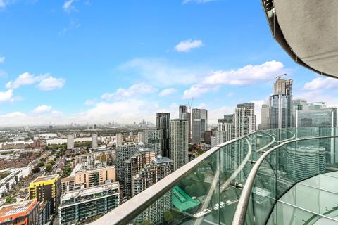 3 bedroom apartment for sale - Arena Tower, Crossharbour Plaza, Isle Of Dogs E14