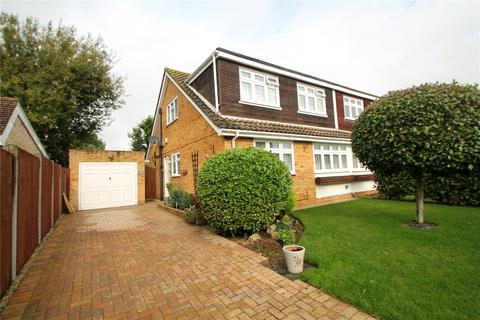 3 bedroom semi-detached house for sale - Guestwick, Tonbridge, Kent, TN10