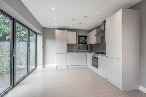 3 bedroom apartment for sale - Blunt Road, South Croydon