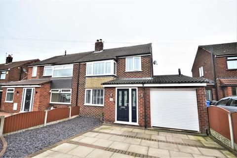 3 bedroom semi-detached house to rent - Harlow Close, Thelwall, Warrington