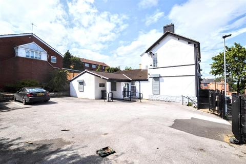 9 bedroom terraced house for sale - Cope Street, Barnsley, S70 4HY