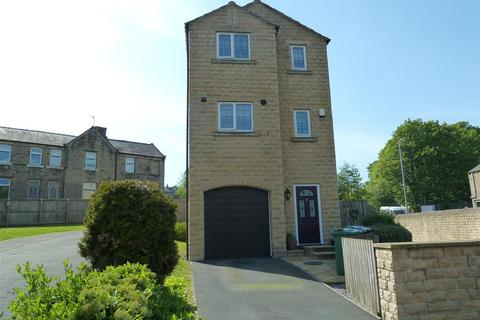 4 bedroom detached house for sale - Dale View, Longwood, Huddersfield