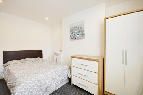 Studio to rent - Bedsit to Rent, Kay Street, Darwen