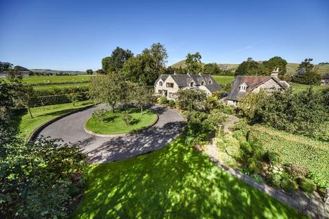4 bedroom detached house for sale - Glebe Lane, Thorpe