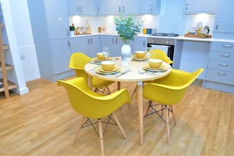 2 bedroom apartment to rent - Victoria Crescent, Ashford