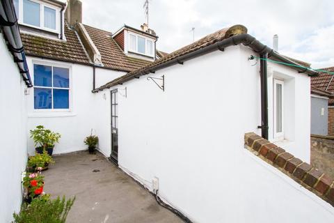 2 bedroom maisonette to rent - Upper Lewes Road