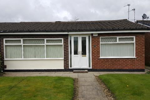 2 bedroom semi-detached bungalow to rent - Avroe Road, Peel Green