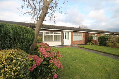 2 bedroom semi-detached bungalow to rent - Avroe Road, Peel Green