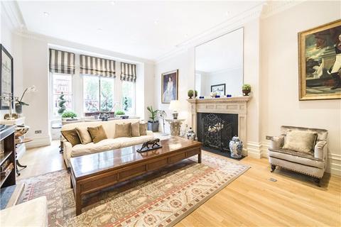 3 bedroom maisonette to rent - Cadogan Square, Knightsbridge, London, SW1X