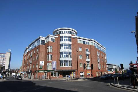 2 bedroom apartment to rent - Lloyd Street, Altrincham, Greater Manchester, WA14