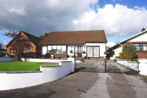 4 bedroom detached bungalow for sale - Heol Y Parc, Cefneithin