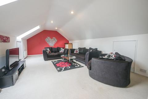 3 bedroom maisonette to rent - Temple Park, Uxbridge