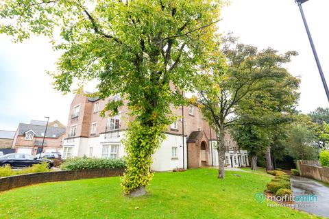 2 bedroom flat to rent - The Spinney, Dore, S17 3AL