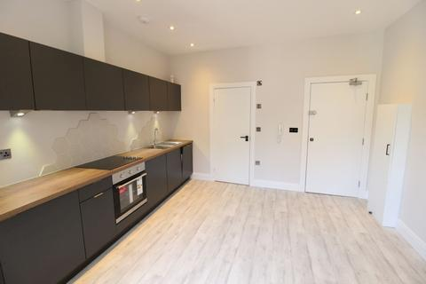 Studio to rent - St Peters Road, Bournemouth,