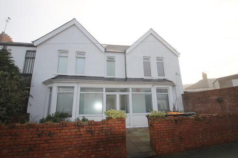 Studio to rent - Richards Terrace, Cardiff