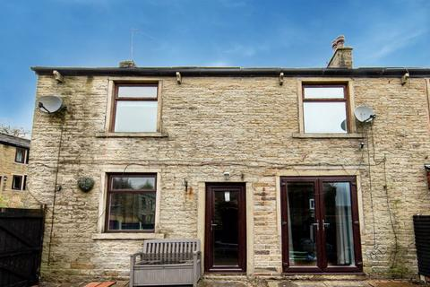 4 bedroom semi-detached house to rent - Hall Fold, Whitworth, Rossendale