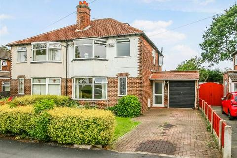 3 bedroom semi-detached house to rent - Sylvan Avenue, Timperley