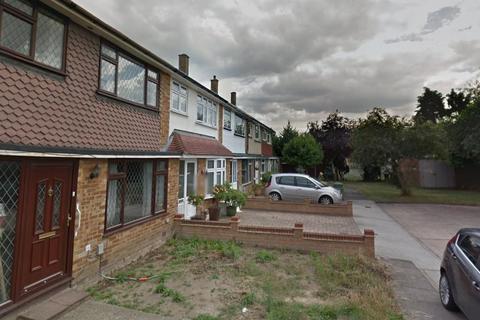 3 bedroom detached house to rent - Morgan Way, Rainham, London, RM13 9JT