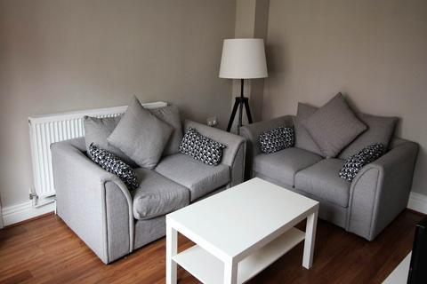 1 bedroom house share to rent - Knowle Road, Burley, Leeds