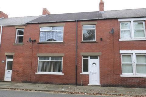 3 bedroom terraced house for sale - Milburn Road, Ashington - Three Bedroom Mid Terrace House