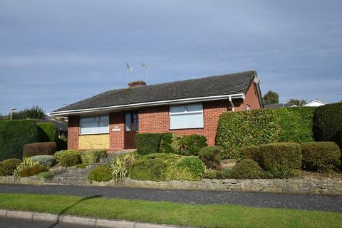 3 bedroom detached bungalow for sale - Greenfields Avenue, Alton, Hampshire