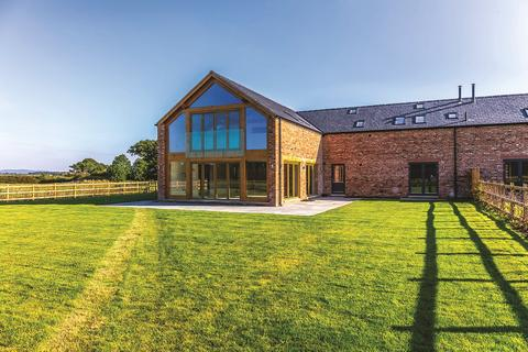 5 bedroom equestrian property for sale - Chapelhouse Barns, Poulton, Cheshire, CH4