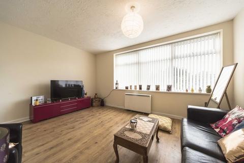 2 bedroom apartment to rent - Molyneux Court, Liverpool L14 3LS