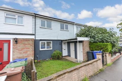 3 bedroom terraced house for sale - Gideons Way, Stanford-Le-Hope
