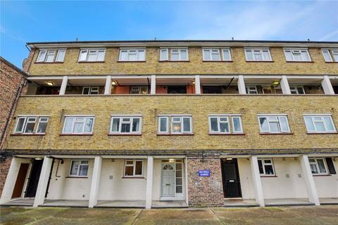 3 bedroom flat to rent - Napier Road, London, E15
