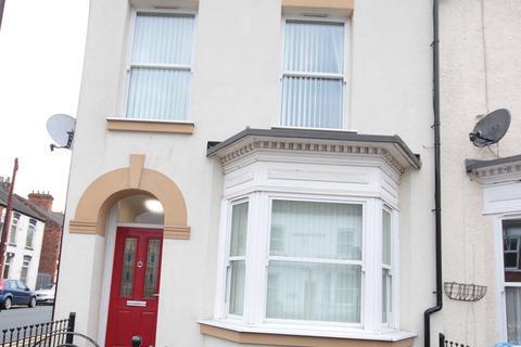 6 bedroom terraced house to rent - Sandringham Street, Hull
