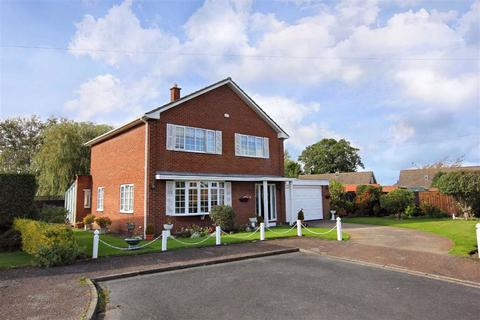 4 bedroom detached house for sale - Langbaurgh Close, Great Ayton