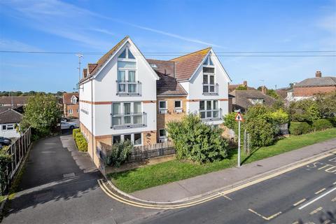2 bedroom apartment for sale - Lime Court, Kennington, Ashford